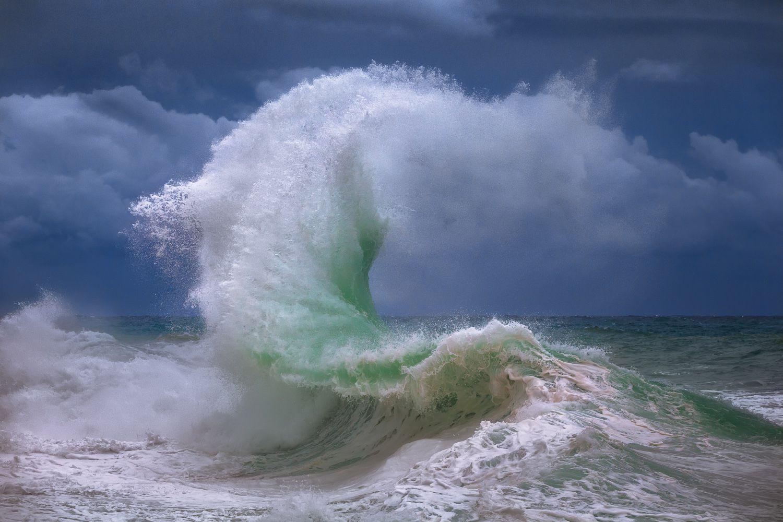 Rough sea 4