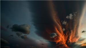 Lenticular cloud at sunset